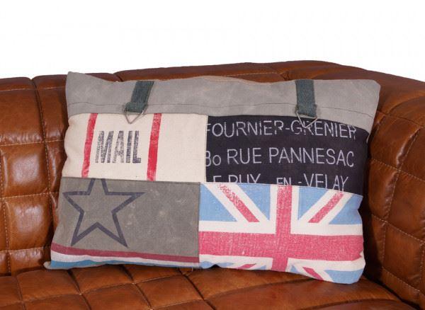 """Kissen """"Mixed Mail Cushion"""" Vorderseite"""