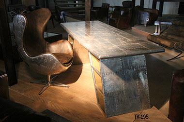 Der Aluminium-Schreibtisch Planetable Einrichtungsbeispiel