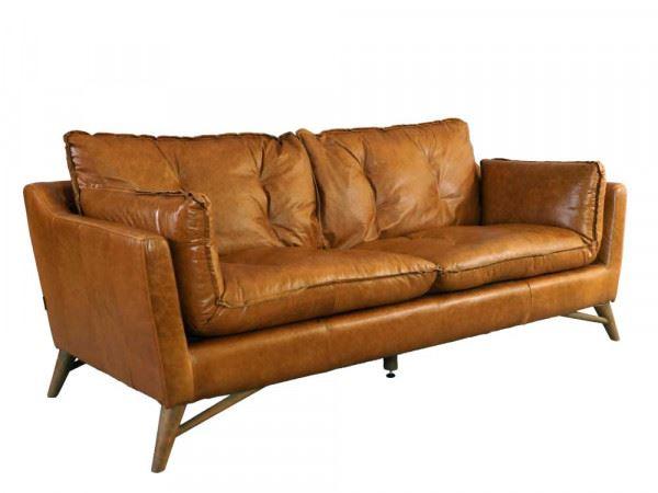 Design Clubsofa Bantry 3-Sitzer Vintage Leder Columbia Brown Frontalansicht